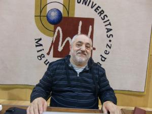 Miguel Vicente visitó la Universidad Miguel Hernández durante la Semana de la Ciencia.