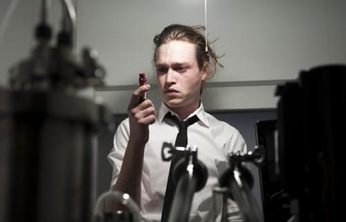 Caleb Landry Jones protagoniza 'Antiviral'
